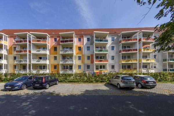 Pestalozzistr. 18, Niesky, Wohnung mit Küche und XL Balkon