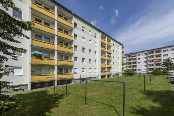 Ringstraße 20, Niesky mit Aufzug, Einbauküche und XXL-Balkon