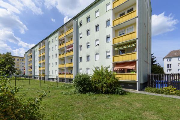 Ringstraße 20, Niesky mit Aufzug-großes Badezimmer, moderne Einbauküche und Balkon